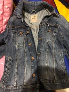 Jaket denim H.E by mango (clothing cowok dari mango)