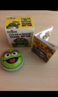 NEW Sesame Street: Oscar the Grouch Talking Button