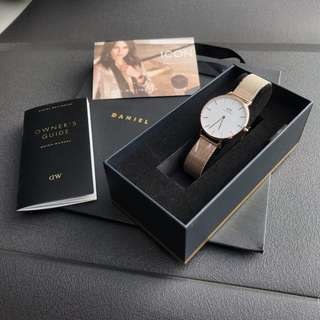 NEW !! 🔥 Daniel Wellington Classic Petite Melrose White 100% Authentic  🔥 Limited time Offer!!!