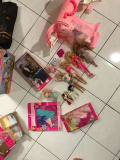 Barbie doll, barbie bed and bath, kelly
