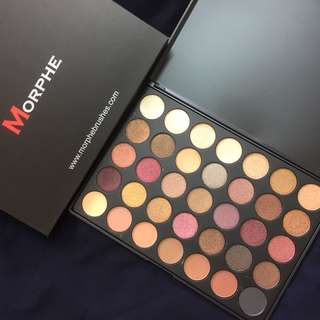 FREE POSTAGE MORPHE 35F IN THE FROST EYESHADOW PALETTE