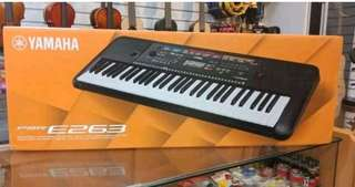 Keyboard Yamaha PSR E263 ( Kredit )