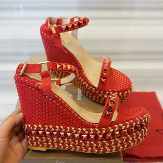 LOUBOUTIN WEDGES RED MIRROR