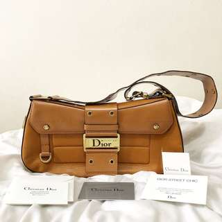 Preloved Christian Dior Street Chic Columbus Ave Shoulder bag.