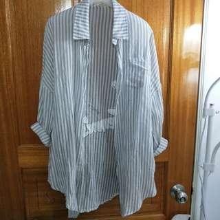 🚚 【二手】寬版微透膚襯衫
