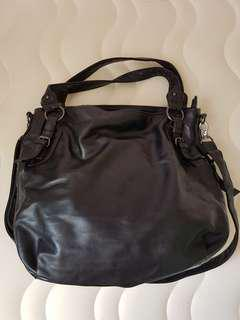 Big size sling / handbag