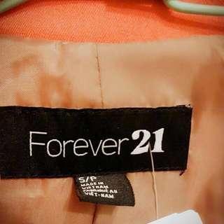 🚚 Forever 21新品 絳紅外套 (降價)