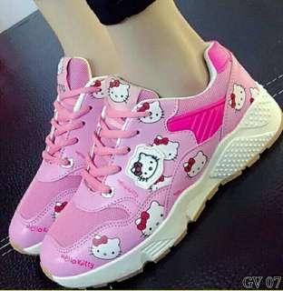 Sepatu kets hello kitty