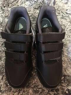 Adidas kid size