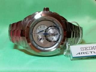 Seiko,精工,kinetic chronograph 計時腕錶,人體動能, 全新有吊牌及原裝盒 適合追求完美人仕