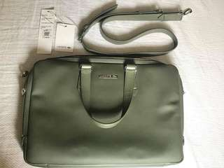 Orig Lacoste laptop bag