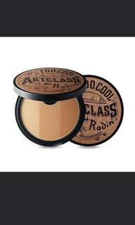 Too cool for school bronzer shader contour with complementary brush!