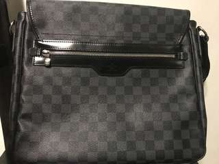Louis Vuitton District MM Shoulder Crossbody Bag