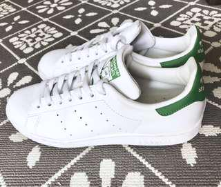 🚚 Adidas Stan Smith Size 7.5 Green / White Shoes authentic