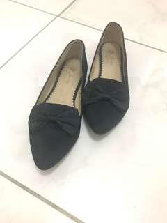 Preloved ForMe shoes (Navy Blue)