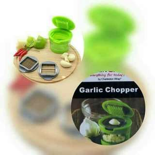 Garlic chopper