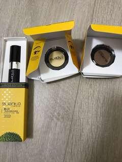 Eyeshadow and moist lip care