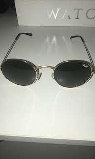 QUAY Sunglasses 🕶