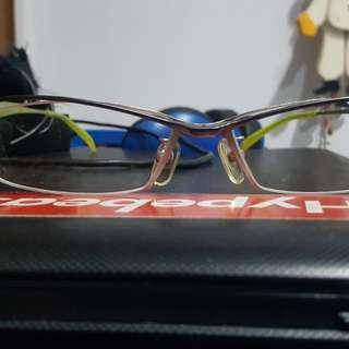 Frame kacamata fashion exclusive