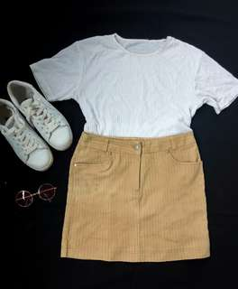 Mustard color SKIRT ❤ SIZE 28-31