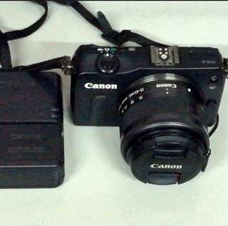 canon eos M mirrorless dslr w 14 50mm is stm lens