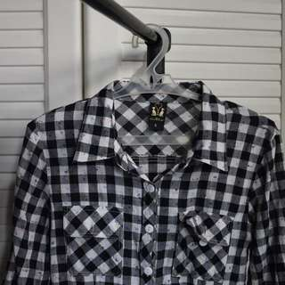 3/4 Checkered Long sleeve