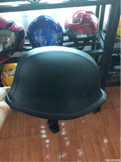 🚚 Harley helmet leather