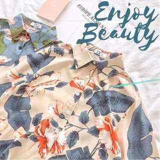 🚚 🌸Enjoy Beauty  🌸復古花朵夏日風情短袖襯衫