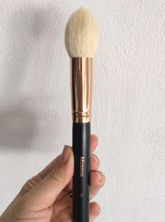 Morphe R5 Pro Pointed Contour Brush