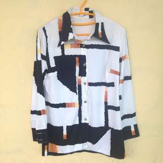 Abstrak Pattern Shirt