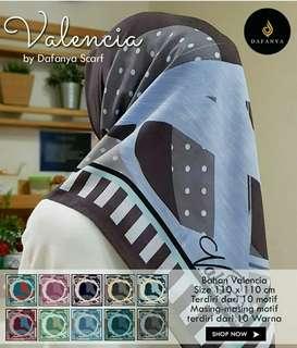Grosir Jilbab Segi 4 Valencia Dafanya design 8