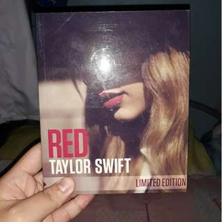 Limited Edition Red Album Taylor Swift