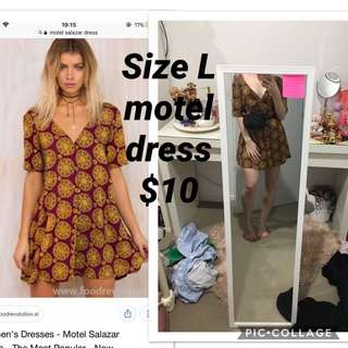 Motel dress button up need gone