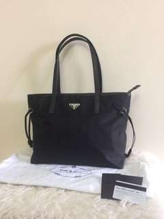Reprice ! Prada 1BG401 Tessuto Saffiano Black Nero Tote | in Very Good Condition | with Bag, Dustbag, Card and Booklet
