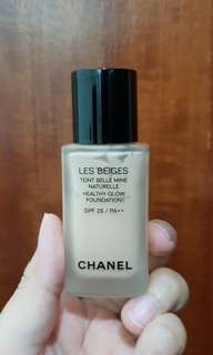 🚚 Chanel Les Beiges Healthy Glow Foundation spf 25