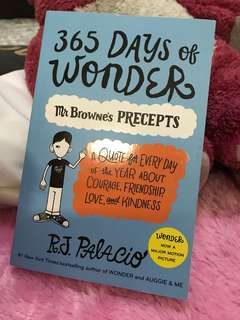Buku 365 Days of Wonder