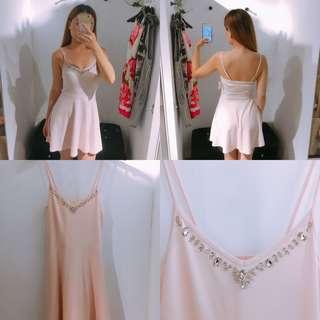 🚚 A&F女生 腰間顯瘦洋裝