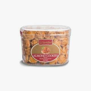 Almond cookies kartikasari