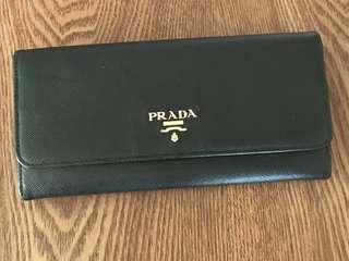 Prada黑色真皮長銀包black leather wallet purse