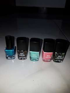 BUNDLE!!!! Authentic H&M Nail Polish, Take all for 150pesos