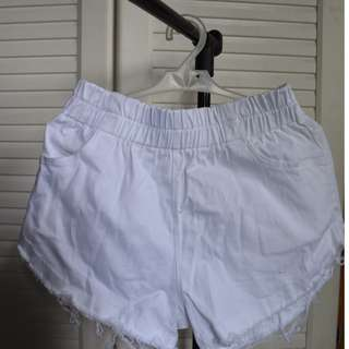 High waist white short
