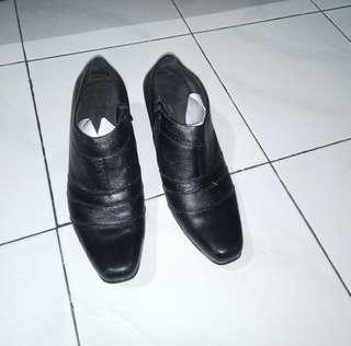 Sepatu Pantofel Wanita / Ankle Boots