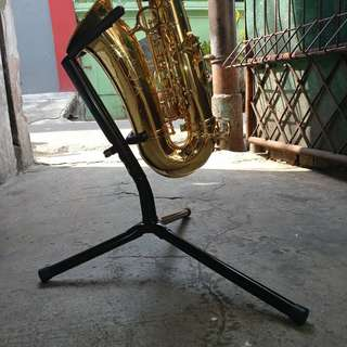 Stand Saxophone