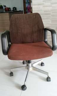 Computer chair brown