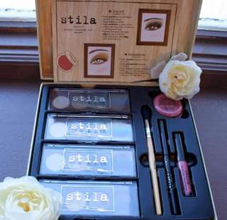 Stila Makeup Set