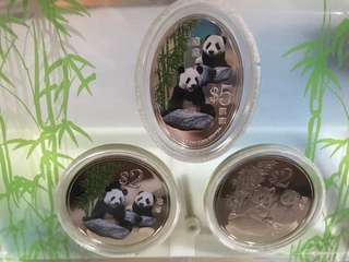 Giant panda 3-in-1 commemorative coin set