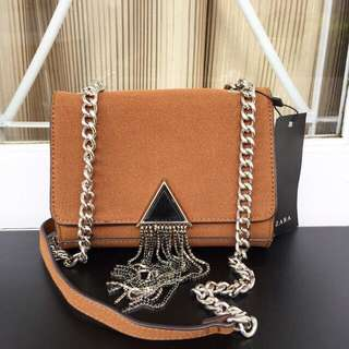 Zara Suede Triangle Black & Brown