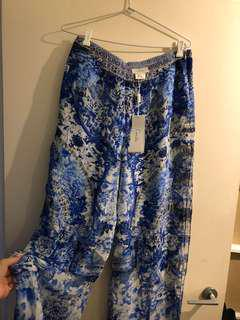 Camilla pants/trousers high waisted FITS SIZE 10/12