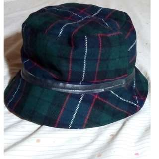 Coach 皮革鑲邊羊毛綠色格紋漁夫帽