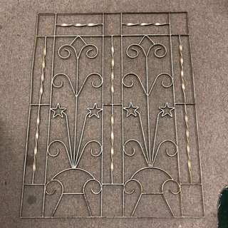 Window grill (long)